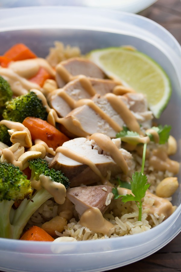 Peanut-Lime-Chicken-Lunch-Bowls-5-600x900